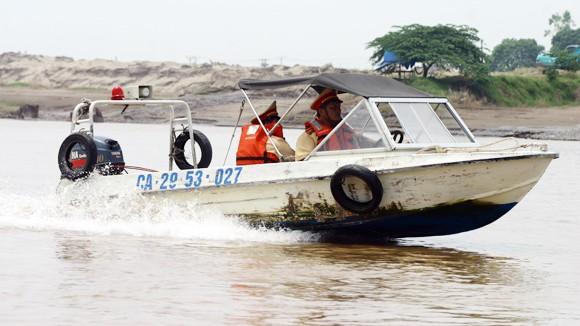 Kiểm soát chặt chẽ an toàn phương tiện thủy ảnh 1