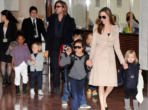 "Angelina Jolie ""phụ nữ hơn bao giờ hết"" ảnh 1"