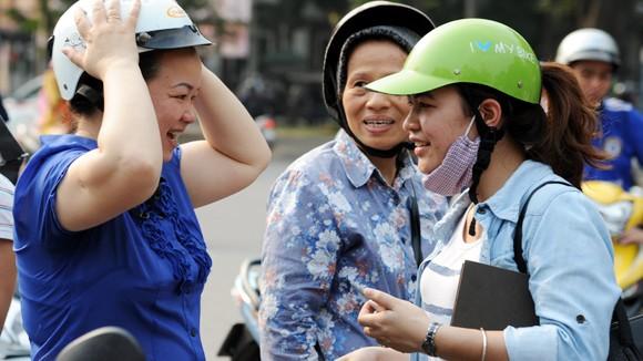 Hà Nội là điểm sáng trong quản lý sản xuất, kinh doanh mũ bảo hiểm ảnh 1