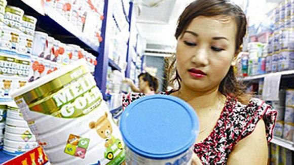 Giá sữa quá cao, trách nhiệm thuộc về ai? ảnh 1