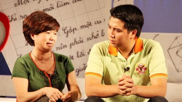 """Diễn viên Tùng Linh: """"Vụng chèo"""", được vợ """"khéo chống"""" ảnh 1"""