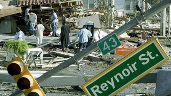 Siêu bão Hải Âu tương đương bão Katrina năm 2005 nước Mỹ hứng chịu ảnh 1