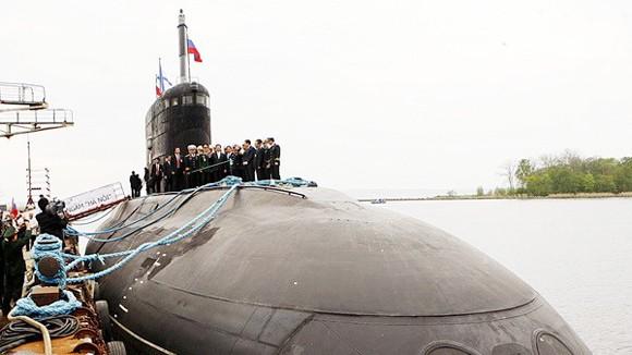 Việt Nam-Nga ký biên bản chuyển giao tàu ngầm đầu tiên ảnh 1