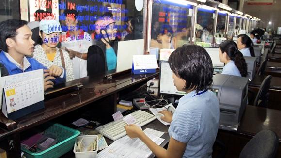 Việc bán và quản lý vé tàu còn nhiều bất cập ảnh 1