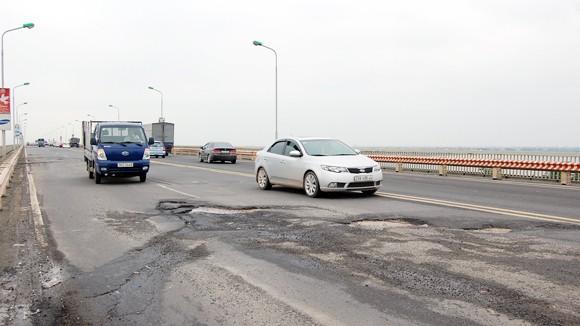 Chất lượng công trình giao thông có vấn đề: Lỗi vẫn tại khách quan? ảnh 1
