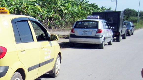 Vụ cướp taxi táo tợn ảnh 1