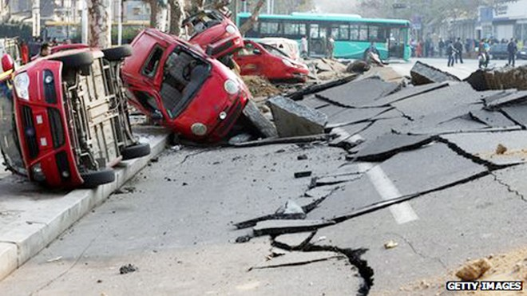 Trung Quốc bắt giữ 9 người trong vụ nổ ống dẫn dầu ảnh 1