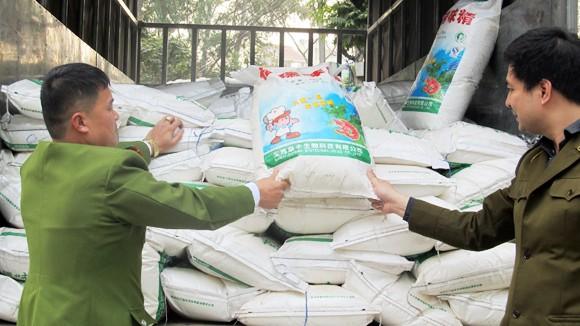 5 tấn mì chính không rõ nguồn gốc ảnh 1