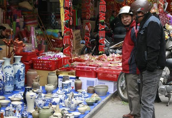Chợ phiên trong lòng phố cổ ảnh 1