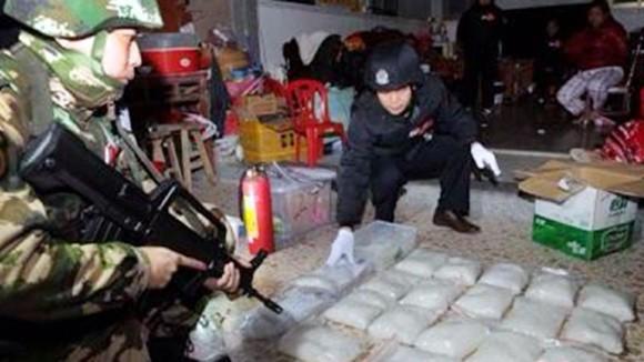 Làng sản xuất và buôn ma túy ảnh 2