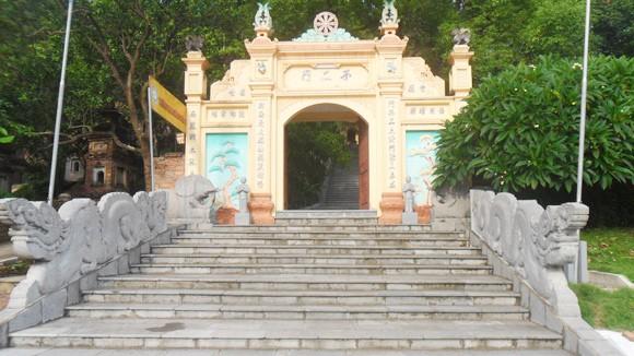 Đầu năm nói chuyện đi chùa và những ngôi chùa không có hòm công đức ảnh 1