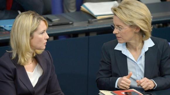 Bộ trưởng Đức ở lại văn phòng để tiết kiệm chi phí ảnh 1