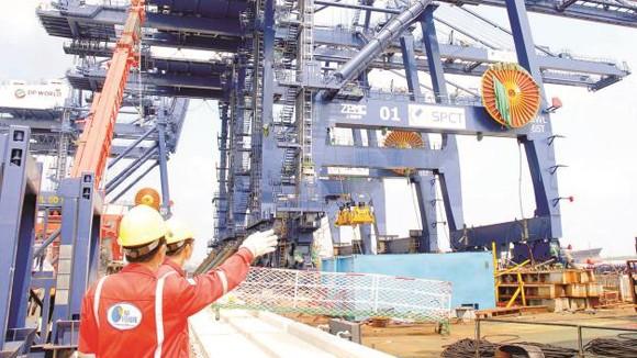 GDP Việt Nam 2014 sẽ tăng nhẹ lên 5,6% ảnh 1