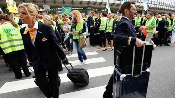Phi công đình công, Lufthansa hủy 3.800 chuyến bay ảnh 1