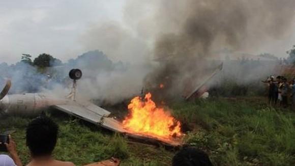 Mexico: Rơi máy bay phản lực, 8 người chết ảnh 1