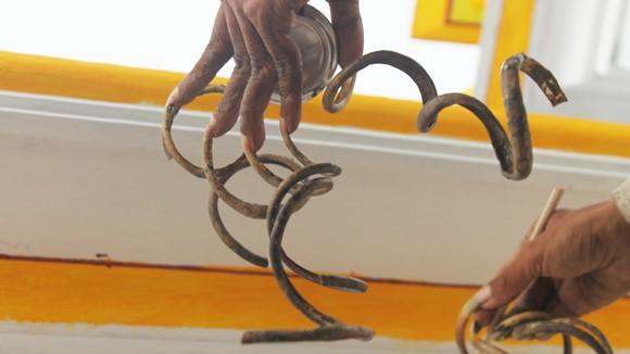Người đàn ông có móng tay dài nhất Việt Nam ảnh 2
