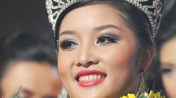 Không thu hồi vương miện của Hoa hậu Triệu Thị Hà ảnh 1