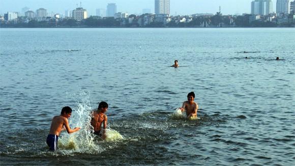 Nghỉ hè, gia tăng trẻ bị đuối nước và tai nạn ảnh 1