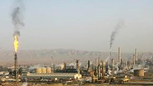 ISIL kiểm soát nhà máy lọc dầu lớn nhất Iraq ảnh 1