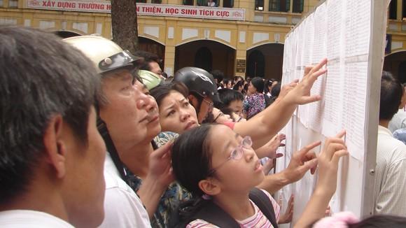 Hà Nội lo giảm tải tuyển sinh đầu cấp ảnh 1