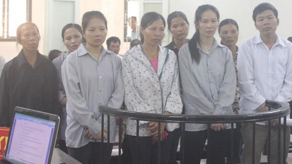 Đi tù vì dùng quan tài để chống người thi hành công vụ ảnh 1