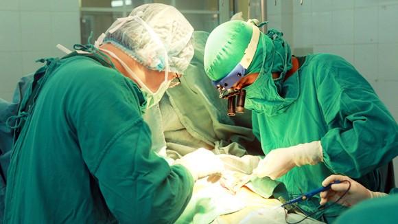 Bệnh viện Tim Hà Nội: Khẳng định thương hiệu từ hướng đi táo bạo ảnh 1