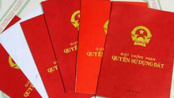"""Hàng chục """"sổ đỏ"""" bị mất ở xã Việt Long, huyện Sóc Sơn: Niềm tin """"gửi"""" không đúng chỗ ảnh 1"""