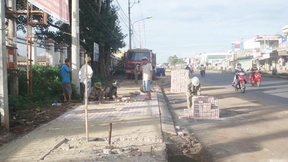 Hàng loạt sai sót tại dự án đường Hồ Chí Minh ảnh 1