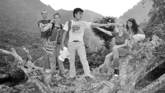 Chuyện những người giữ rừng Ngọc Sơn - Ngổ Luông: Rừng xanh thấm máu đỏ ảnh 3