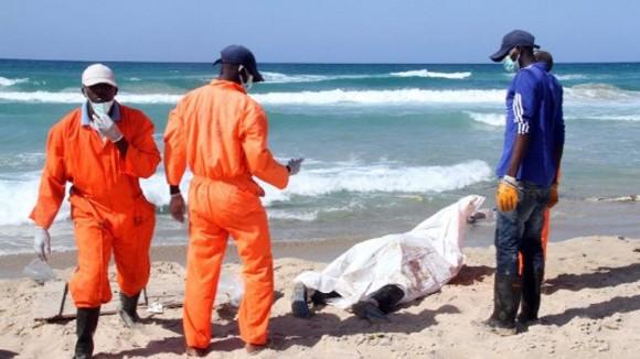 Chìm tàu ngoài khơi Libya, 200 người có thể thiệt mạng ảnh 1