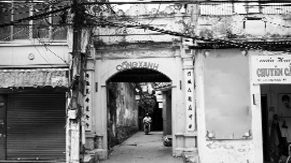 Cổng Xanh làng Thọ xưa, nay thuộc phường Bưởi, quận Tây Hồ, Hà Nội Ảnh: NGỌC TUẤN