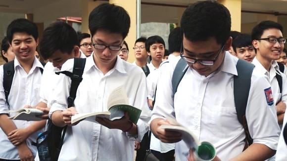 """Bộ trưởng Bộ GD-ĐT khẳng định: Đề thi tốt nghiệp sẽ không gây """"sốc"""" ảnh 1"""