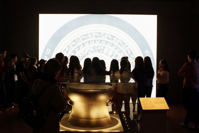 """Chuyến du hành khám phá quá khứ qua bảo tàng """"ảo"""" (Bài 1): """"Ảo"""" 360 độ, thật 100% ảnh 1"""