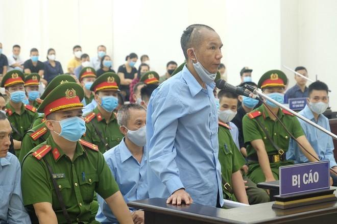 Xét xử vụ án giết người và chống người thi hành công vụ tại xã Đồng Tâm, huyện Mỹ Đức, TP Hà Nội: Các bị cáo xin được khoan hồng và tha thứ ảnh 2