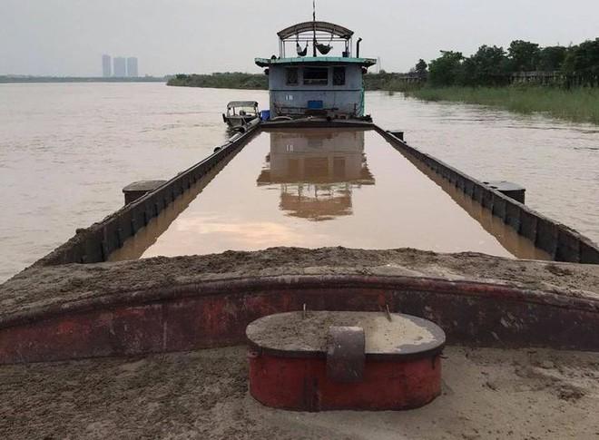 Để những tuyến sông Thủ đô yên bình trong mùa lũ ảnh 1