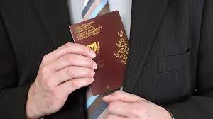 """EU mạnh tay với nạn mua bán """"hộ chiếu vàng"""" ở Cyprus và Malta ảnh 1"""