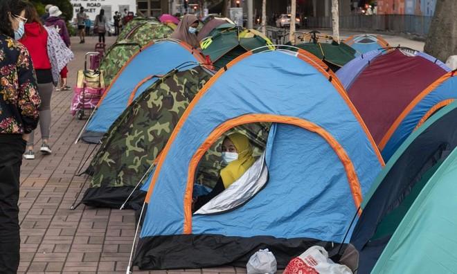 Gánh nặng khó chia sẻ của người giúp việc ở Hồng Kông trong đại dịch Covid-19 ảnh 2