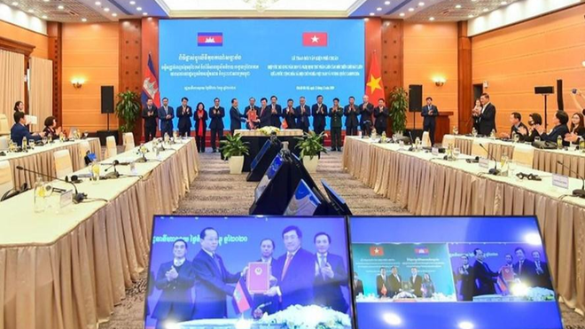 Quan hệ hợp tác toàn diện Việt Nam-Campuchia tiếp tục phát triển tích cực, tin cậy ảnh 1