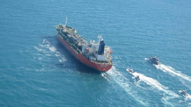 Iran bắt giữ tàu chở hóa chất của Hàn Quốc ở vùng Vịnh ảnh 1