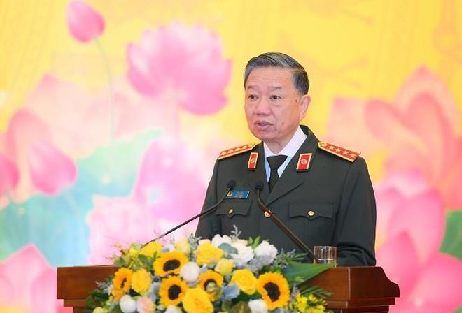 Lực lượng Công an nhân dân trong bảo vệ vai trò và sự lãnh đạo của Đảng ảnh 1