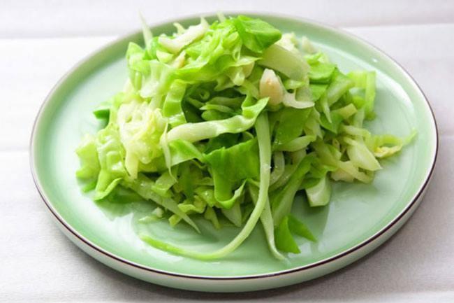 Những bữa cơm ngon mùa Đông với rau bắp cải ảnh 2