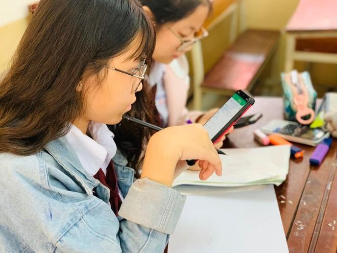 Dạy và học trực tuyến thời Covid-19: Từ ứng phó khủng hoảng đến chiến lược giáo dục ảnh 1