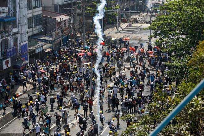 ASEAN thúc đẩy đối thoại tìm giải pháp cho tình hình tại Myanmar ảnh 1