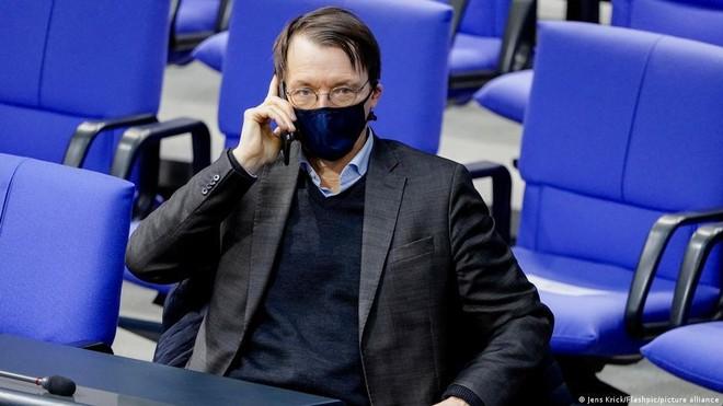 """Giới chức Đức bị """"bắt nạt"""" trên mạng vì ủng hộ thắt chặt chống đại dịch ảnh 1"""