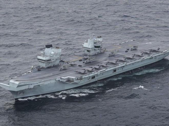 Hoạt động quân sự gia tăng, Biển Đông đối mặt nguy cơ bùng nổ xung đột ảnh 1