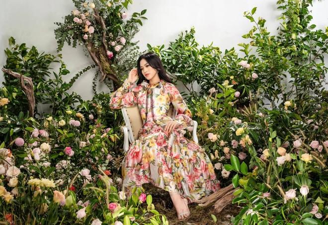 Hoa hậu Việt Nam 2020 Đỗ Thị Hà: Chiếc vương miện luôn nặng theo cả nghĩa đen lẫn nghĩa bóng ảnh 1