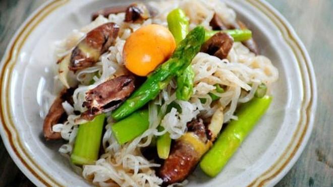 Mỳ gạo, mỳ sợi - món ăn đơn giản mà ngon miệng ảnh 5