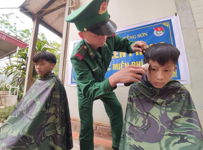 Những đứa con đặc biệt của người lính mang quân hàm xanh ảnh 2