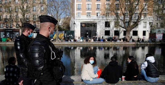 """Pháp điều tra các """"nhà hàng bí mật"""" dành cho giới thượng lưu Paris vi phạm hạn chế về dịch Covid-19 ảnh 1"""