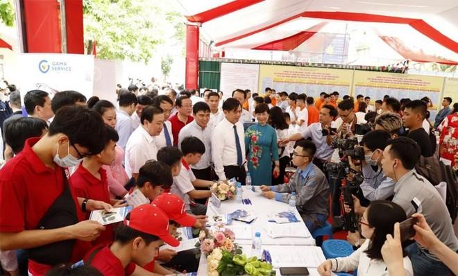 Hà Nội gắn kết giáo dục nghề nghiệp với thị trường lao động ảnh 1
